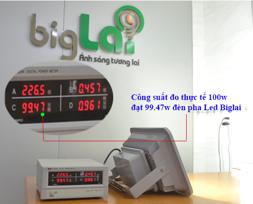 do-thuc-te-cong-suat-den-pha-led-biglai-100w