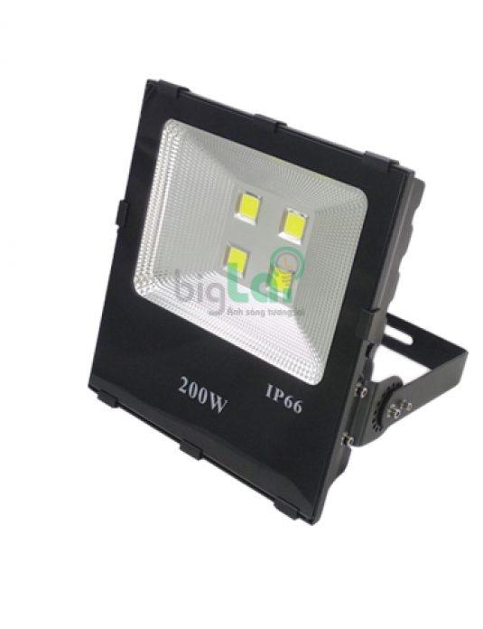 den-pha-led-200w-biglai