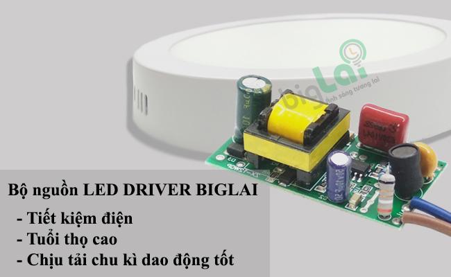 nguon-den-led-op-tran-tron-biglai